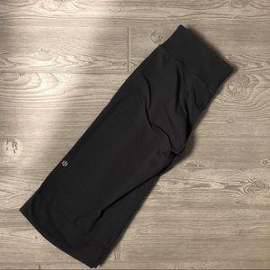 Lululemon Clam Digger II Gray Pant Size 6